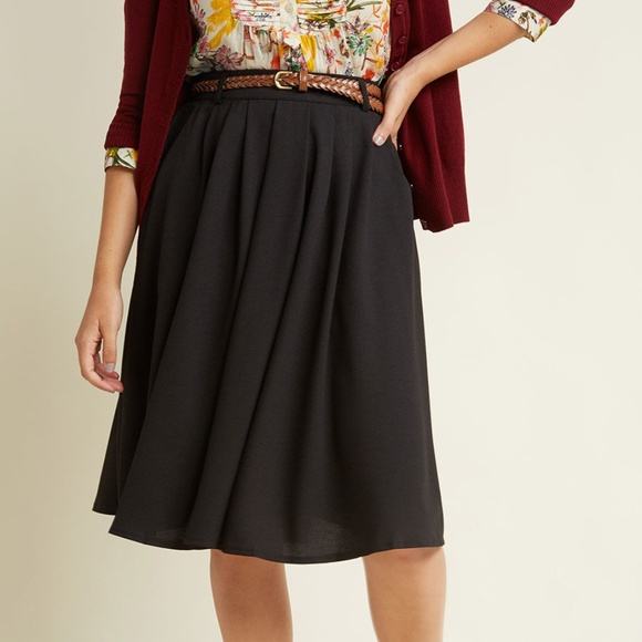 7dfb1a4c7 Hot & Delicious Dresses & Skirts - Black Midi Skirt from Modcloth *LIKE ...